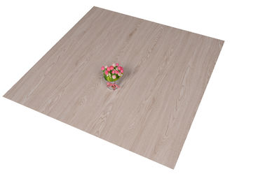Chiny Recycled Durable PVC Floor Tiles UV Coating 4.0mm - 6.0mm Thickness dystrybutor